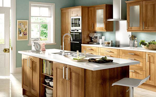 B&Q Walnut Shaker fitted kitchen