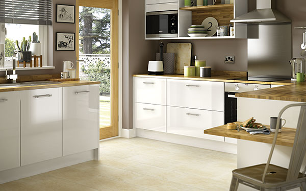 Find Reviews For Benchmarx Kitchens