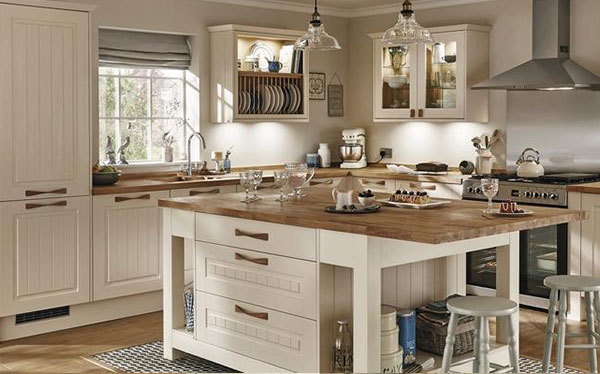 Country kitchen ideas which Howdens kitchen design reviews