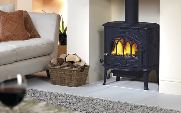 Jotul GF300CF wood burning stove - Multi Fuel Stoves Vs Wood Burning Stoves - Which?