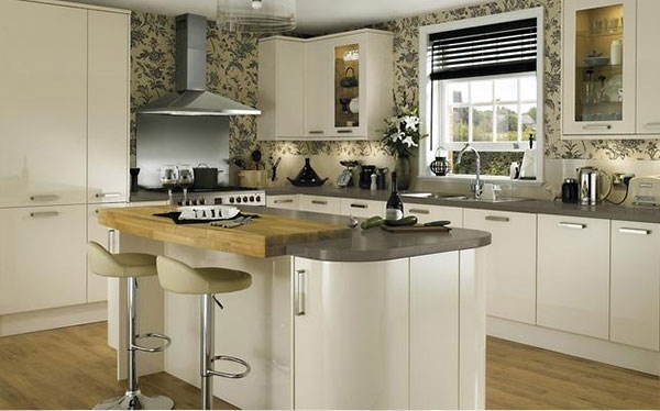 Modern Howdens Joinery kitchen