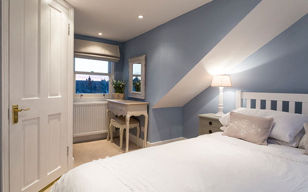 Bedroom loft conversion with dormer - blue - Trehern
